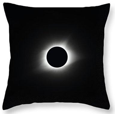 Totality 2017 Throw Pillow